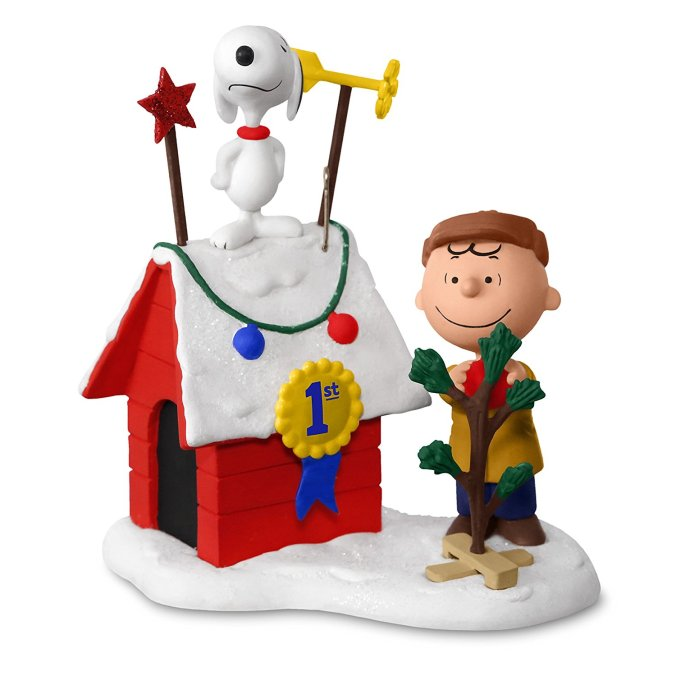 Hallmark Keepsake 2017 PEANUTS Charlie Brown and Snoopy
